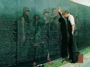 art: Vietnam War Memorial